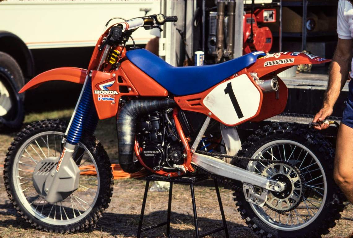 1985 Factory Honda RC250 of Johnny O'Mara - David Dewhurst pic
