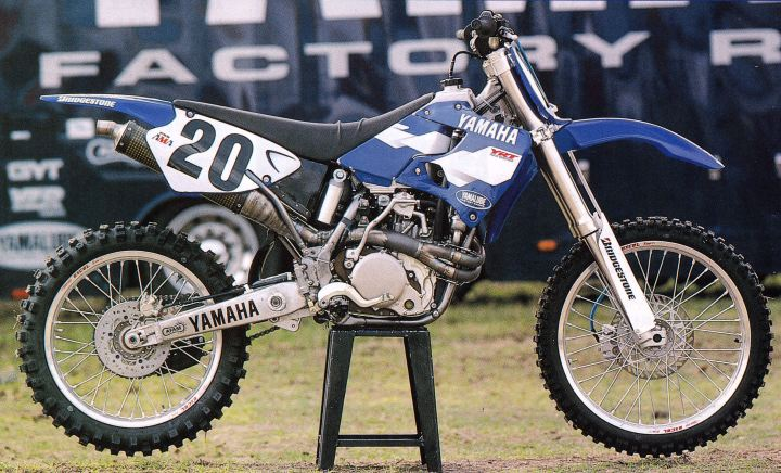 1997 Factory Yamaha YZM400F of Doug Henry - Naoyuki Shibata pic 2